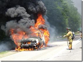 car-fire3